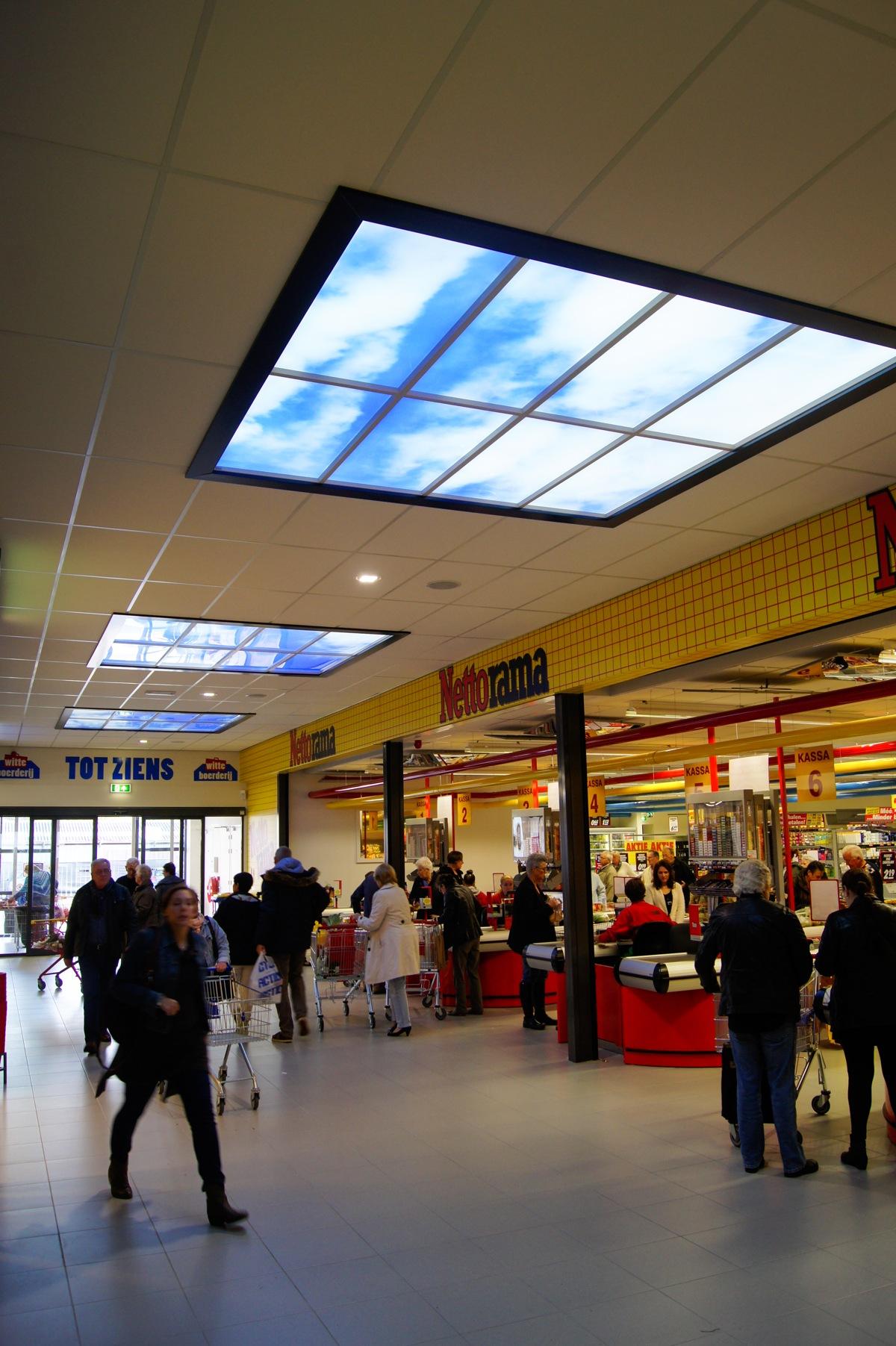 Dalle LED illusion ciel supermarché